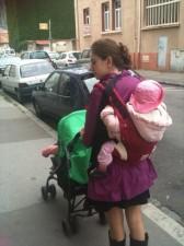 poussette double et porte bébé