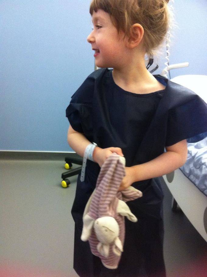 enfant à l'hopital
